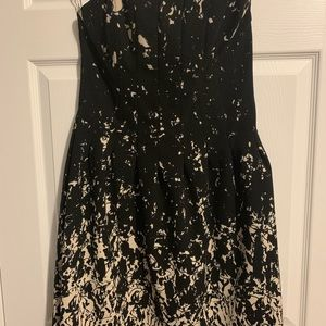 H&M Dresses - Strapless, structures dress